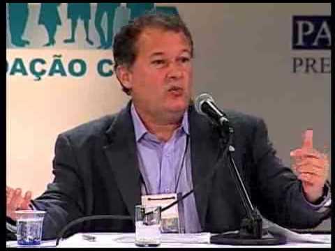 """hqdefault - Secretário de Educação do Rio chama discussão sobre racismo de """"idiotice''"""