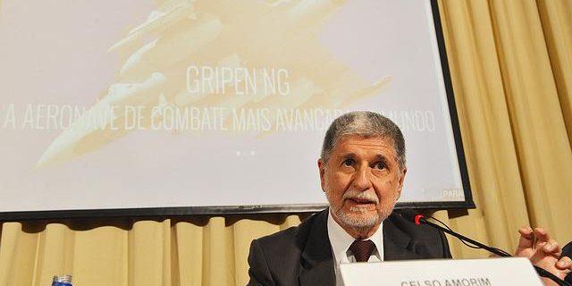 29c823f9 e32e 4203 8d52 01124690e26f.jpg.640x360 q75 box 029227451835 crop detail 640x320 - PT vai continuar lutando para que Lula seja candidato à presidência, afirma Celso Amorim