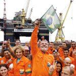 Petrobrás valia U$ 15,4 bilhões em 2002 antes de Lula. Em 2014 valia R$ 214 bilhões