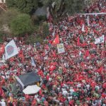 Pelo legado de Lula e sua liberdade, milhares marcham em Curitiba