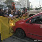 Manifestantes foram atropelados em Niterói durante ato da #GreveGeral