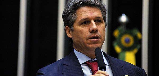 paulo teixeira 1 672x320 - Paulo Teixeira apresenta PL para regularizar o uso e o cultivo  no Cannabis no país.